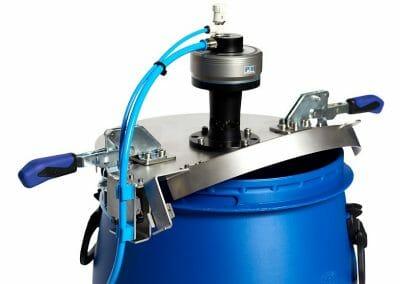 ATEX Rührwerk für ATEX Zone 0_1 mit Zonentrennung auf Kunststofffass-1